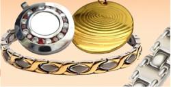 The Quantum Science Pendant